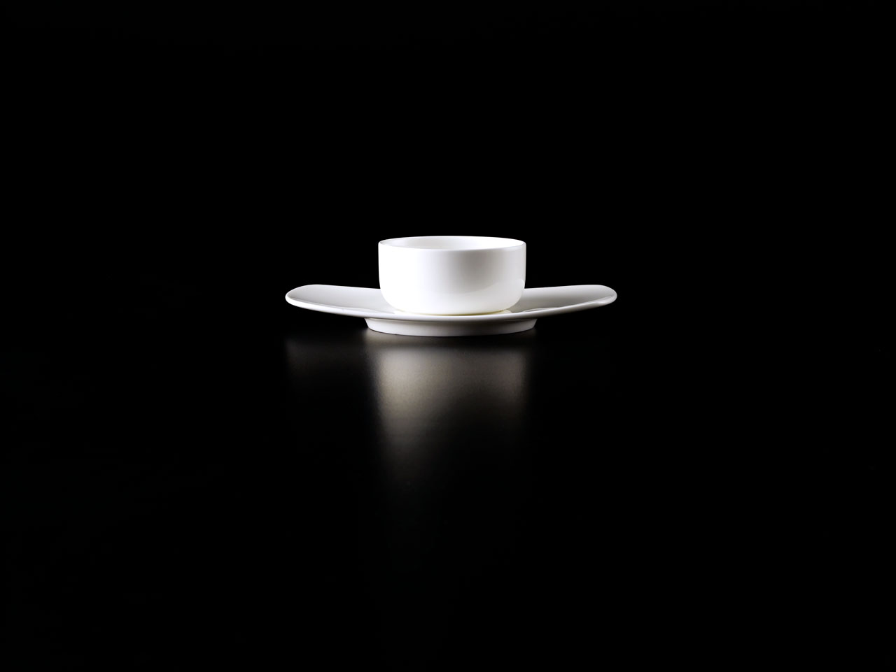 Bent Brandt - TABL white bone china S2 bowl on S1 saucer