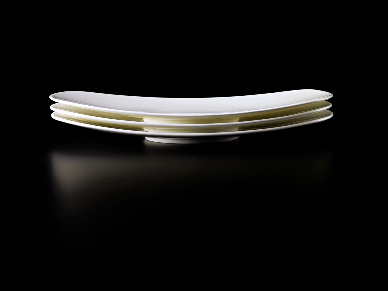 Bent Brandt - stacked TABL white bone china S1 oval platters