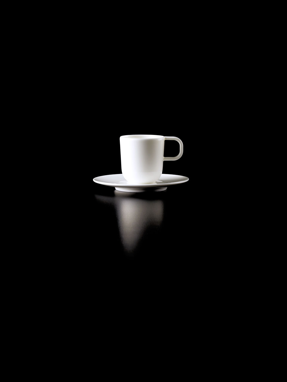 Bent Brandt - TABL white bone china S2 cup on S1 saucer