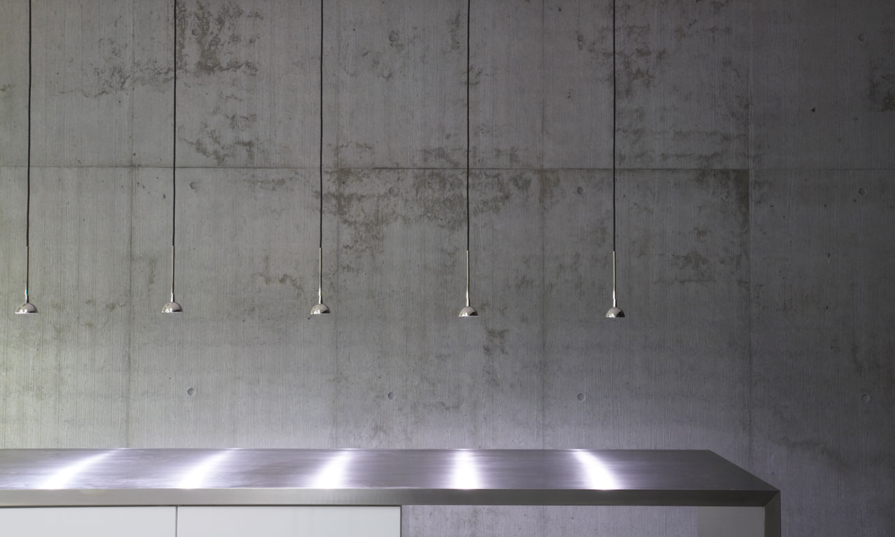 Bellinger House lunch area, RO pendants in polished chrome and stainless steel kitchen table top.
